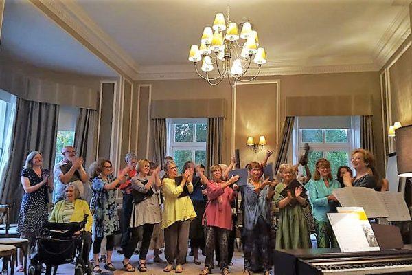 The Resonance of Choirs